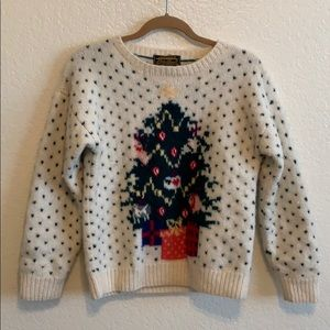 Eddie Bauer Sweaters - EUC Eddie Bauer vintage wool Christmas sweater